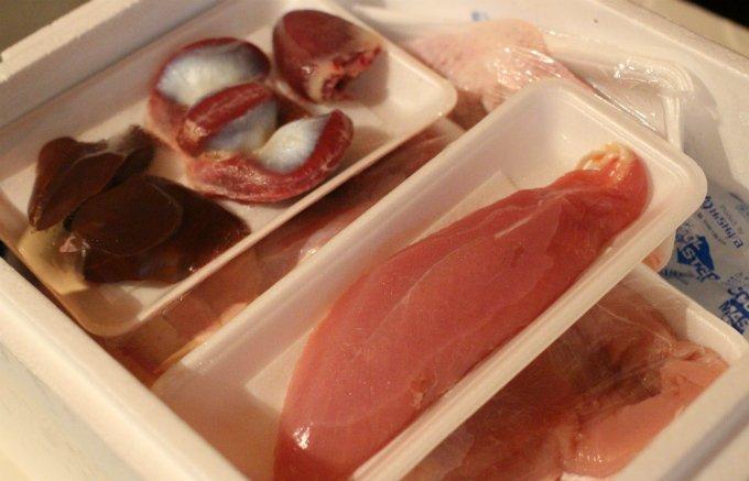 脂の美味しさ、肉の食感と甘さ、旨味が他の鶏肉とは異なる「阿岸の七面鳥」