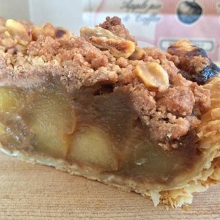 リンゴとパイの食感がクセになる!一度は食べたい美味いアップルパイ6選