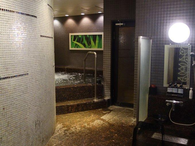人気ビジネスホテルで楽しむスイーツアウトレット