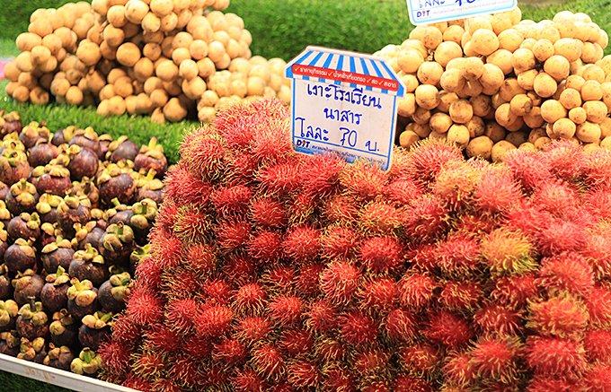 トロピカルフルーツが豊富な「タイ」。チップスにすると身近になるドリアン