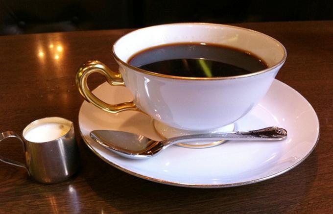 【世界の食器シリーズ】世界が認めた日本の洋食器メーカー「大倉陶園」ができるまで
