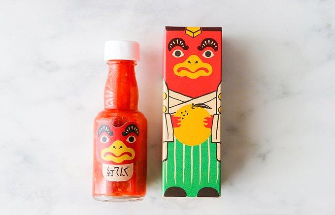 古くて新しい。日本最古のベンガラ産地で作られた、辛柚子酢「紅てんぐ」
