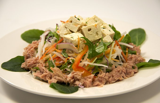 手抜き料理でも食卓がパッと明るくなる野菜も豆腐につまった高千穂の菜豆腐