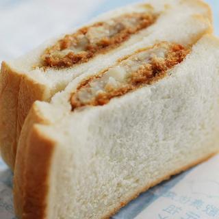 【東銀座】『私的超A級グルメ』我が青春のコロッケパン