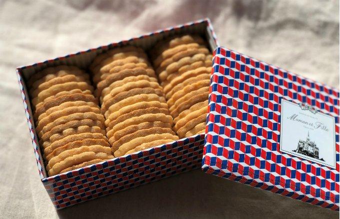 買わずにはいられなかった! モダンなクッキー缶