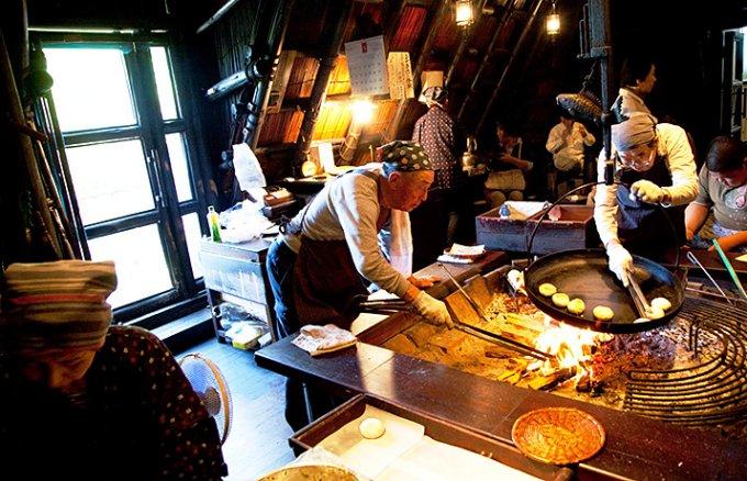 おやき激戦区の信州のなかでも歴史ある小川村で作られた、「縄文おやき」