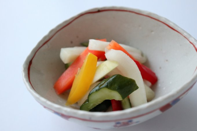 きらきらのジュレに包まれた丸ごとトマト!『銀座若菜』の「トマトの柚子ジュレ」