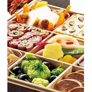 日本食のエッセンスを散りばめたフレンチのスターシェフ「ドミニク・ブシェ」のおせち
