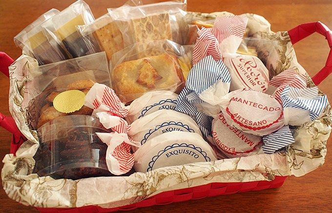 スペインのお歳暮?伝統菓子の詰め合わせた「クリスマスバスケット」が季節限定で登場
