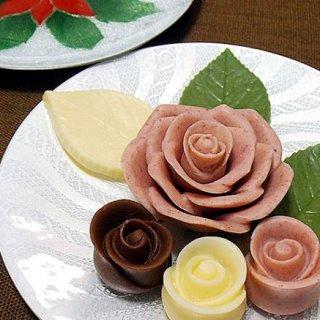 手土産にもお祝いにもぴったり!彩り華やかなお花がモチーフのフラワースイーツ
