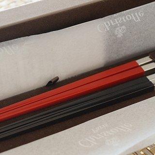日本とフランスの文化が融合したクリストフルの大人なペア箸。