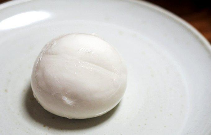 なんと東京・渋谷産!できたての「モッツァレラチーズ」