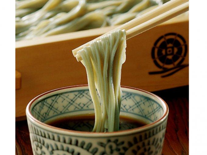 新潟に行ったら絶対食べる!貴重な海藻「フノリ」を使った『小嶋屋総本店』のへぎそば