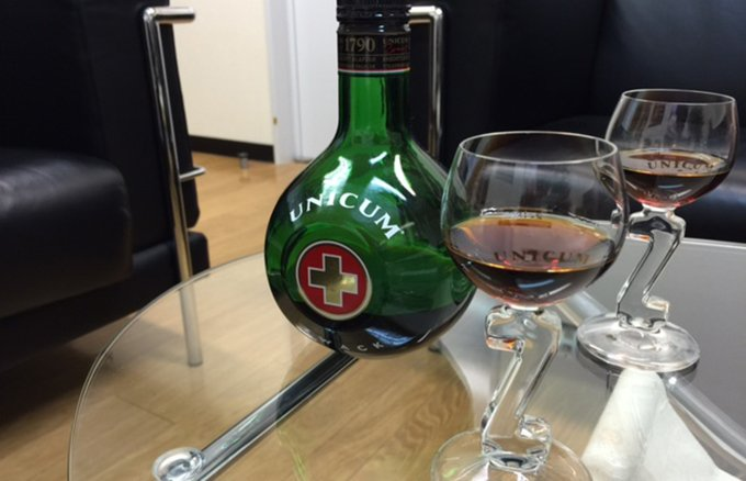 ハンガリーの養命酒?18世紀からレシピが変わらない「ウニクム」