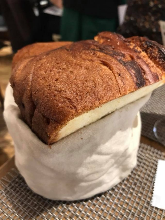 """新食感!""""鍋""""で焼くパン『メゾン・ランドゥメンヌ トーキョー』の絶品コラボパン"""
