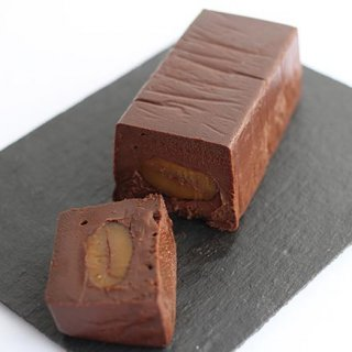 チョコレートの濃厚さはそのまま!たっぷり入った栗もたまらない絶品スイーツ