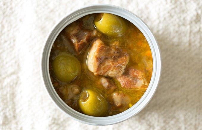 イベリコ豚を使った本格グルメ缶が登場!副菜の豆やオリーブも抜かりない美味しさ