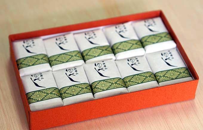 和菓子好きの甲府市民なら知っている「大野屋」の隠れた名菓「ゆべし」