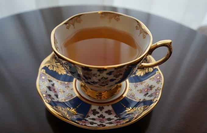 色や香りの美しさに気分も上昇!女性におすすめの紅茶ギフト