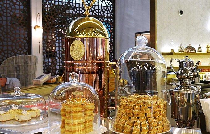 ピスタチオナッツの風味豊かなアラブ・トルコの伝統菓子「バクラヴァ」