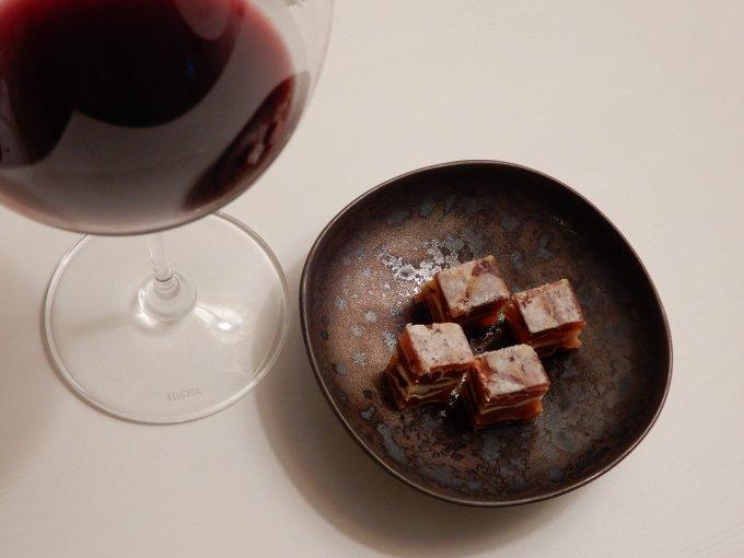 とろりとした食感と絶妙な味わいが楽しめる新感覚のスイーツ『市田柿ミルフィーユ』