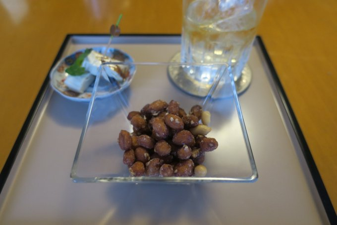 甘味と塩味のバランスで、一口食べたら後を引く美味しさ!