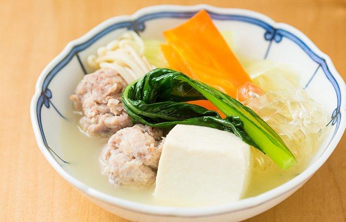 極上の白濁スープに鶏の旨味あふれる「とり田」の水炊きセット