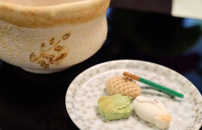 本物の茶碗と見紛うばかりの「茶寿器」