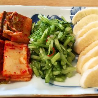 炊き立てご飯を美味しく食べさせる滋賀県近江「山上」の漬物