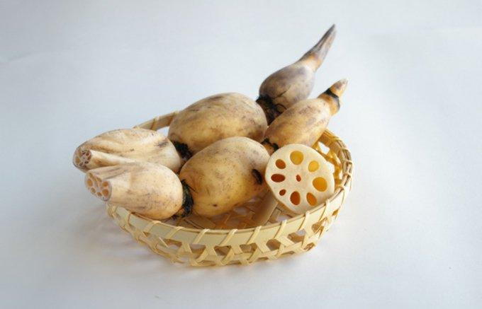 加賀野菜の一つ「加賀れんこん」が焼酎に!モッタイナイから始まったお酒造り