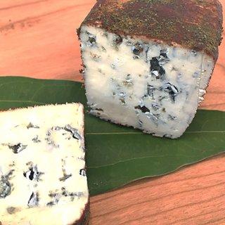 創意工夫あふれる、和歌山発信のアレンジチーズ「ブルー・アッラ・カネッラ」