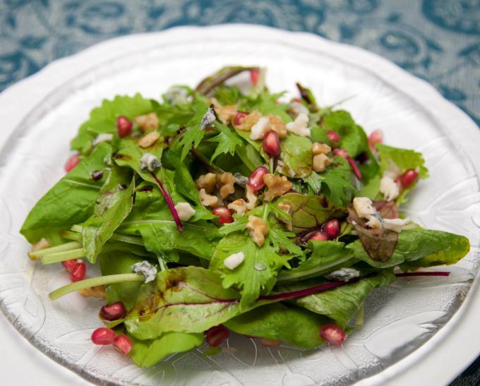古代から受け継がれた地中海の恵み「キャロブ」を使ったシンプル・レシピ集