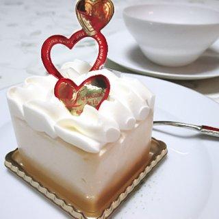 低糖質でこの口どけは魔法!とろ~りとろけるエコール・クリオロのスリムケーキ