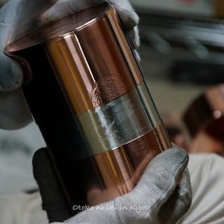 色気と気品の高級茶筒『開化堂』