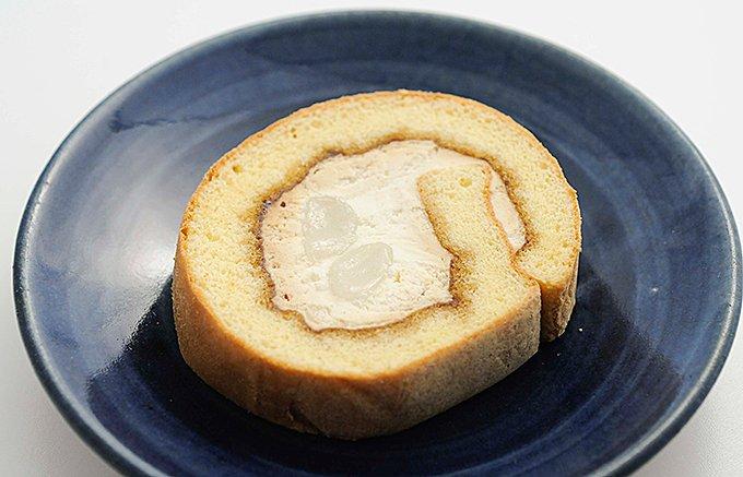 食べれば「あの味」!和風ロールケーキの決定版「桔梗信玄餅生ロール」