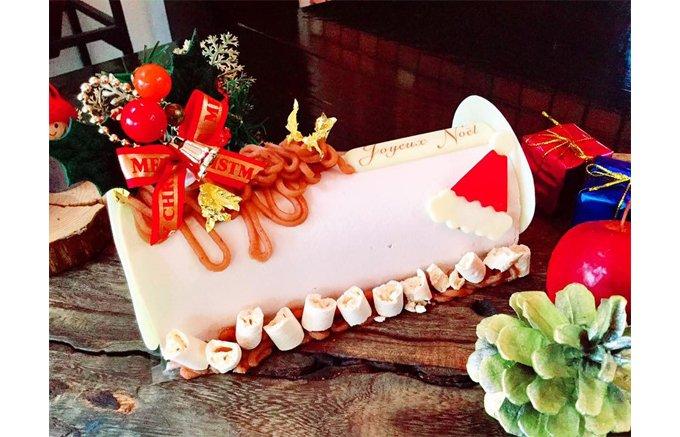 アルデッシュ産AOC認定の栗を贅沢に使用した「レセンシエル」のクリスマスケーキ