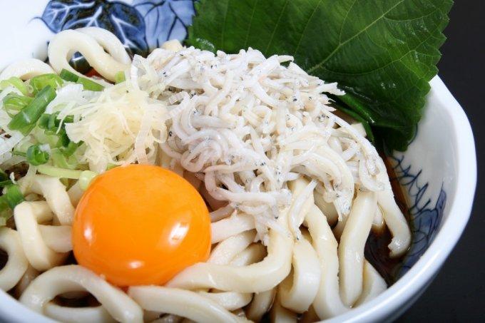 """常温保存で気軽に使えるのがポイント!静岡で誕生した""""釜揚しらす""""の缶詰"""