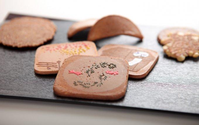 帰省土産や旅行土産にズバリ!家族や友人にお裾分けしやすい東京銘菓7選