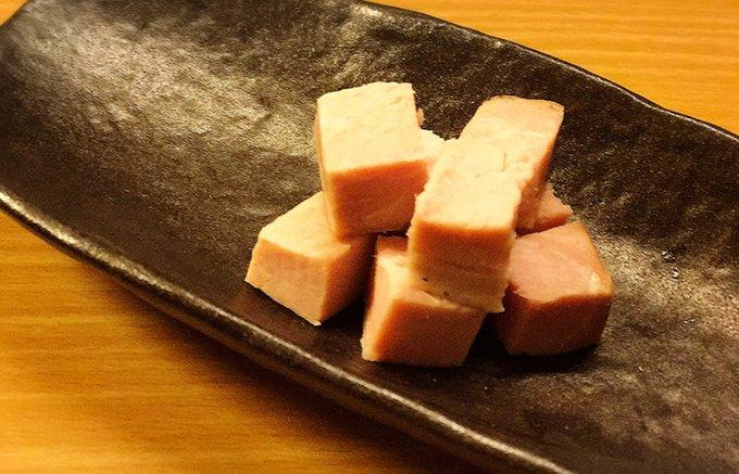 古の都、奈良県産のヤマトポークが吉野の山桜を纏った吉野ハムの「無添加ロースハム」