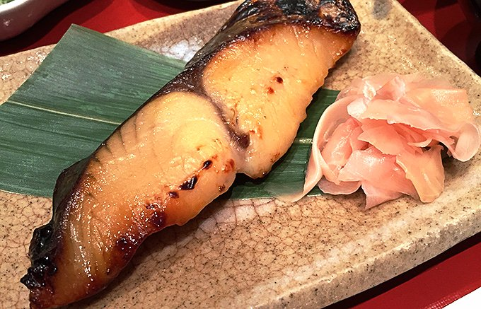 西京漬を上品に仕上げた行列のできる名古屋鈴波の魚介味醂粕漬