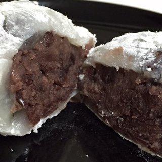 東京三大豆大福!塩が小気味いい泉岳寺 松島屋の豆大福