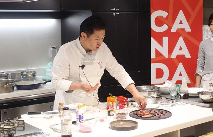 """【カナダ建国150周年】奥田シェフがカナダ産食材で究極の""""引き算""""料理を披露!"""
