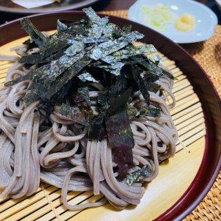 うどんなのに真っ黒!? たっぷりの海苔を練り込んだ東松島の味「のりうどん」