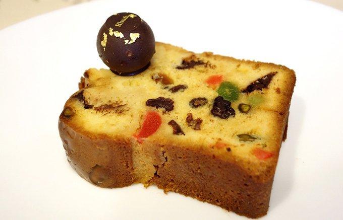 フルーツたっぷり!ティータイムを華やかにする上品パウンドケーキ