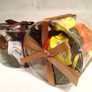 """""""貴婦人のキス""""という意味のイタリアの伝統的な焼き菓子「バーチ ディ ダーマ」"""