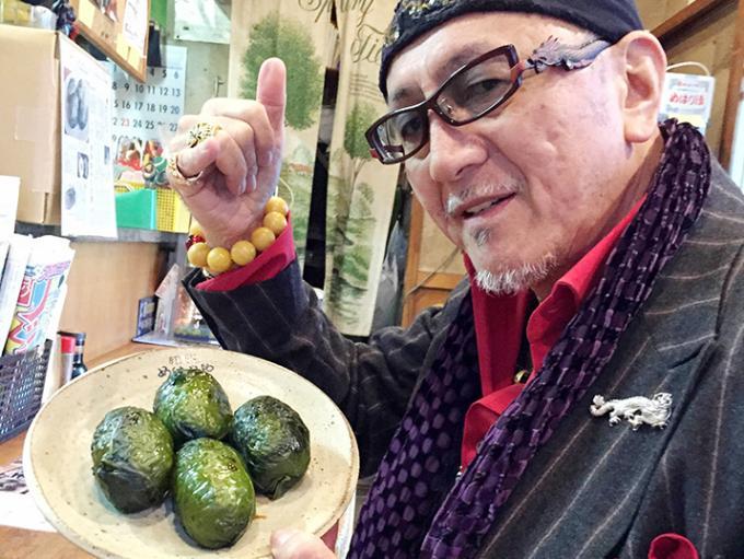 高菜の葉とごはんが一体となった「めはり寿司」